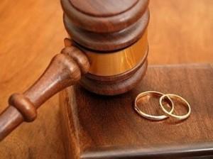 divorcio litigioso alianca e martelo