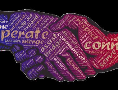Fonte: https://pixabay.com/pt/aperto-de-m%C3%A3o-considera%C3%A7%C3%A3o-cooperar-2009195/