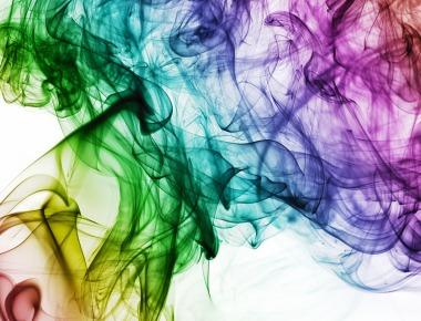Fonte: https://pixabay.com/pt/illustrations/cor-fumaça-arco-íris-design-1885352